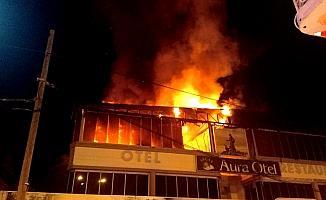 Edremit'te otel yangını