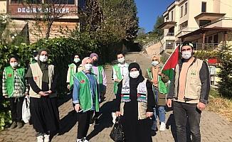 Filistinli Müslümanlara konvoy ile destek verdiler