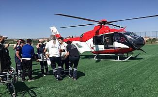 Kalp krizi geçiren kişiye hava ambulansı