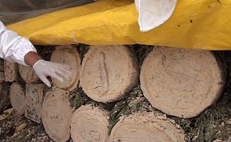 Siparişleri yaylaya çıkmadan önce alıp, yılda sadece 4 kilo üretiyorlar