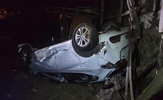 Yoldan çıkan otomobil takla attı: 1 ölü, 2 yaralı