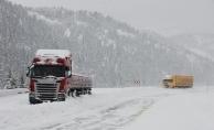 Alanya - Konya yolu kar nedeniyle kapandı