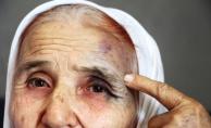 Antalya'da 80 Yaşındaki Kadını, Eski Gelinini Sokak Ortasında Dövdü
