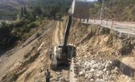 Büyükşehir Alanya-Gazipaşa sahil yolunda iş başında