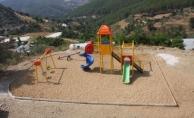 Alanya Belediyesi kırsaldaki çocukları unutmadı