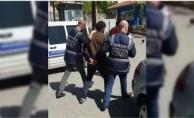 Alanya'da kendisini polis olarak tanıtan telefon dolandırıcısı suç üstü yakalandı