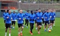 Alanyaspor, Galatasaray karşısında galibiyet peşinde