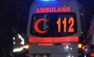 Alanya'da motosiklet yayaya çarptı: 2 yaralı