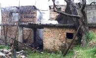 Alanya'da ahşap ev yangında kül oldu!