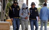 Alanya'da aranan 2 şüpheli polisin operasyonuyla yakalandı