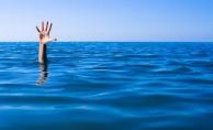 Alanya'da denize giren turist boğulma tehlikesi geçirdi