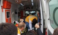 Alanya'da kontrolden çıkan kamyon kaldırıma çarptı: 1 yaralı