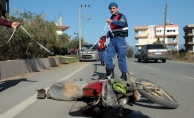 Alanya'da motosikletten düşen kadın sürücü yaralandı!