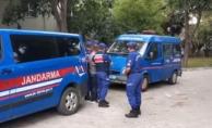 Alanya'da jandarmaya mukavemette bulunan 2 kişi tutuklandı