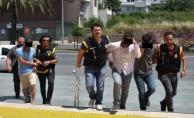 Alanya'da 200 bin lira çalan 3 şüpheli tutuklandı