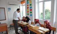 Müftü İlhan öğrencilerin  ramazan bayramını kutladı