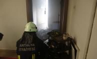 Alanya'da ev yangını paniği!