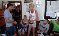 Belçikalı turistten dilenci kadına hırsızlık suçlaması!