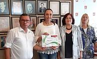 Alanya'da Millet İttifakı için çalışan kadınlara teşekkür belgesi verildi