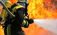 Alanya'da yangın! Anne ve bebeği tahliye edildi