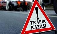 Alanya'da kontrolden çıkan motosiklet kaza yaptı: 1 yaralı
