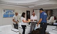 Alanya'da başarılı polis memuruna pastalı veda