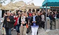 85 ülkeden 160 gazeteci Kapadokya'yı gezdi