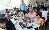 Alanya'da okullar arası satranç turnuvası düzenlendi