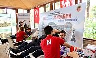 Jandarma'dan Kızılay'a 396 ünite kan bağışı