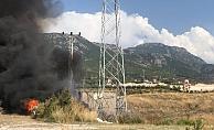 Mahmutlar'da trafo patladı! Ekipler yangına müdahale ediyor