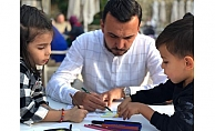 'Anne baba ödevini yaptın mı?' projesine Toklu'dan destek