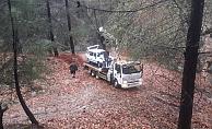 Alanya'da otomobil uçuruma yuvarlandı!