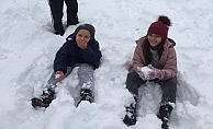 Alanya'ya kar yağdı! Vatandaşlar yaylaya akın etti