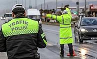 Sürücüler dikkat! Yarından itibaren cezası 776 TL