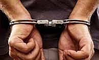 24 ayrı yakalama kararı olan şüpheli, kardeşinin kimliğiyle yakalandı