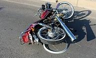 Alanya'da kontrolden çıkan motosiklet sürücüsü yaralandı
