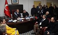 Başkan Böcek Alanya'da afetzedeleri ziyaret etti