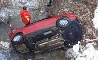 Alanya'nın yaylasında otomobil uçurumdan yuvarlandı!