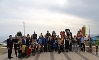 Alanya'da  Litvanyalılar bağımsızlık yılını meşe fidanı dikerek kutladı