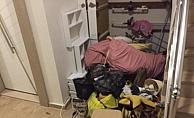 2 aylık ev kirasını ödeyemediği için şahsi eşyaları ile birlikte kapının önüne konuldu