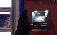 Babasına kızan kadın ATM'leri parçaladı