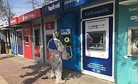 Bankamatikler dezenfekte ediliyor