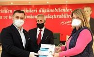 Başkan Yücel'den yerleşik yabancılara maske