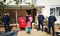 Jandarma doğum günü çocuklarına sürpriz yaptı