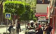 Kadın dilencilerin kavgasını polis biber gazıyla ayırabildi