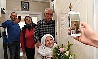 104 yaşındaki Mavize anneye kapıda keman resitali