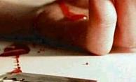 Alanya'da Rus kadın bileklerini kesti!