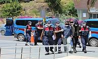 Alanya'da yakalanan yayla hırsızlarının 2'si tutuklandı