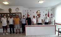 Alanya CHP'de rozet takma töreni