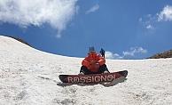 Alanya'da Haziran Ayı'nda snowboard keyfi